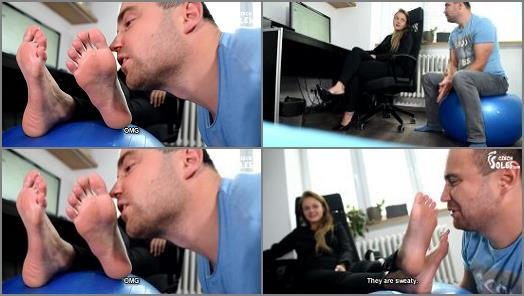 Czech Soles  Inappropriate suggestions at workplace leads to foot worship  preview