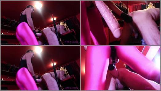 Femdom – Mistress Iside starring in video 'ANAL ORGASM'