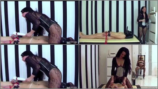 Dominatrix – Bizarrlady Lara, Rubber Slave, Slave-C starring in video 'Lady Lara – Missbraucht Part 2 – 3' of 'Amator' studio