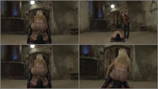 CaleaToxic starring in video Smoking Pantyhose Facesitting preview