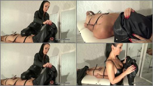 Fetish Liza starring in video Smothered by leather jackets of ChateauCuir studio preview