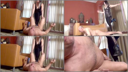 Miss Mara Ballbusts slave Nemo in the Living Room preview