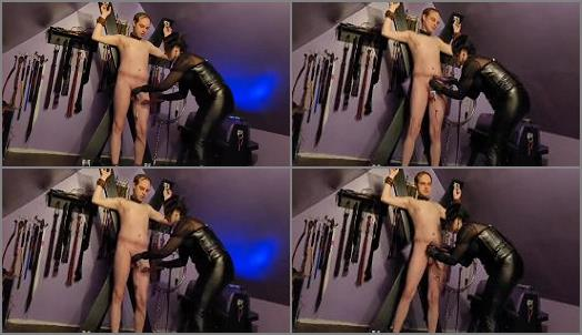 Ball Kicking Onine – Miss Scarlett starring in video 'Cock and Ball T.E.N.S Torture'