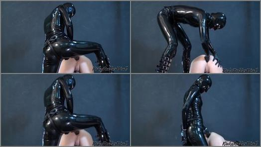 Kinky Rubber World Fetish Nelja fucking her naked Slave with the XXL Strapon preview