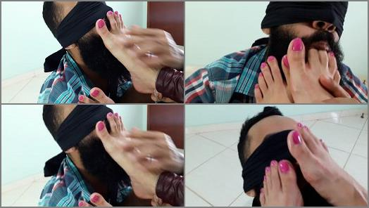 Toes in mouth – LOLITA FEET – Footworship – Close – Up Toes, Pink Nails