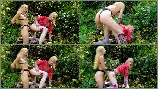 Dildo –   Lola Frina, This Sissy Whore knows how to Work her Ass