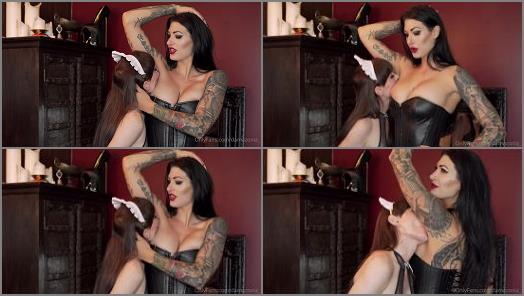 Mistress Damazonia Having my pretty little maid lick my armpits preview