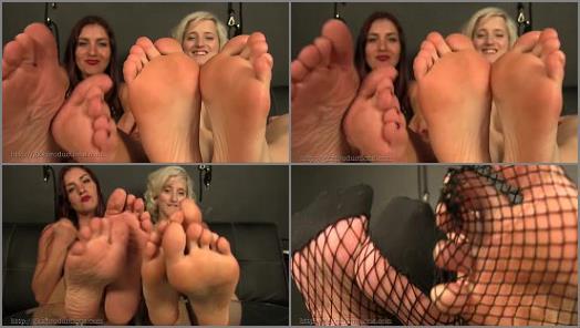 Sarah DiAvola Miss Quin  Grovel At The Feet preview