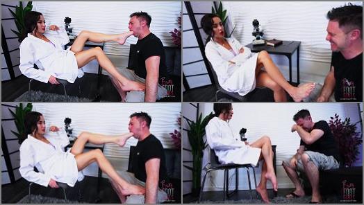 Spit Fetish – Bratty Foot Girls – Ama – Curing your Gag reflex