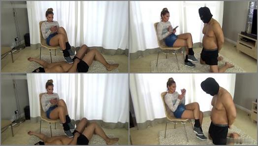 Cbt – chicks-vs-balls – HOW PATHETIC ARE YOU –  Sophie Holmes